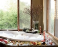 Arathusa-Bush-Facing-Luxury-Room--Bathroom-4