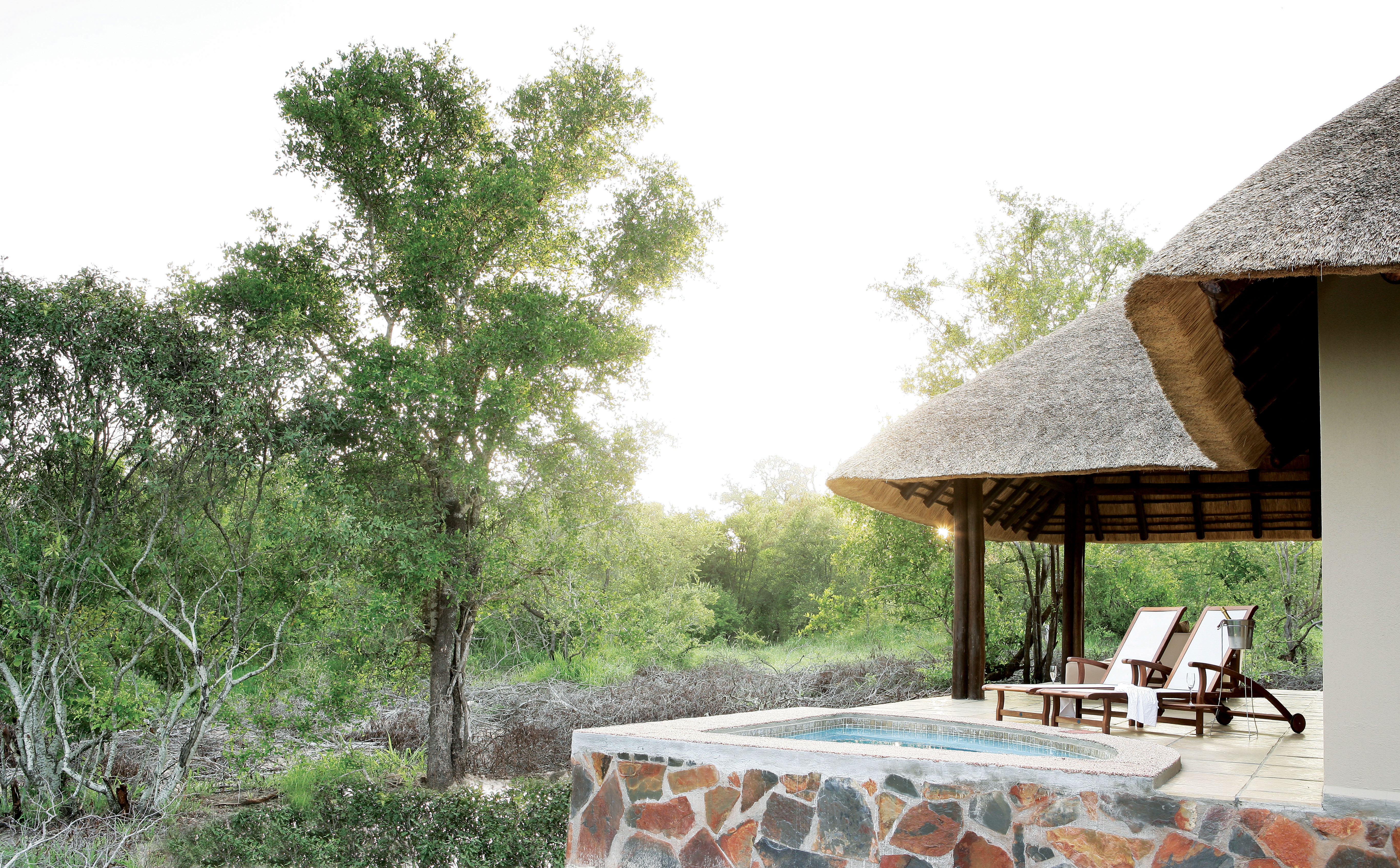 Arathusa-Private plunge pool and verandah of a Remote Luxury Suite